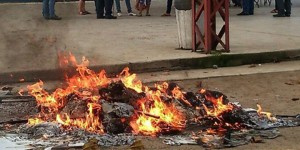 urna-quemada-2